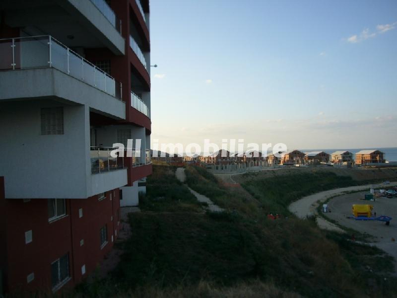 Teren de inchiriat in zona Prima pozitie la mare din Constanta