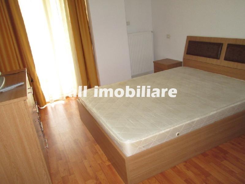 Apartament 3 camere de vanzare in zona Summerland din Mamaia
