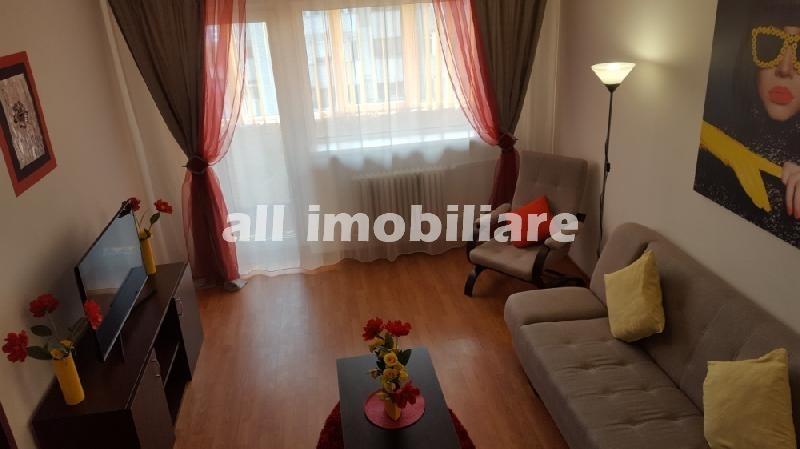 Apartament 3 camere de inchiriat in zona Tomis Nord- Campus din Constanta