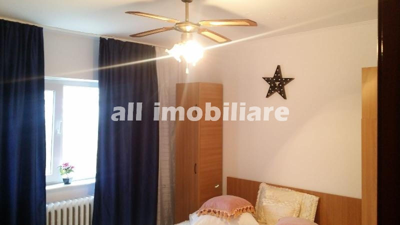 Apartament 2 camere de inchiriat in zona Faleza Nord din Constanta