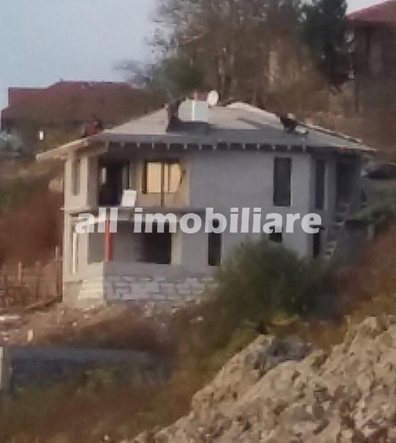 Casa de vanzare in zona Malul Dunarii din Topalu